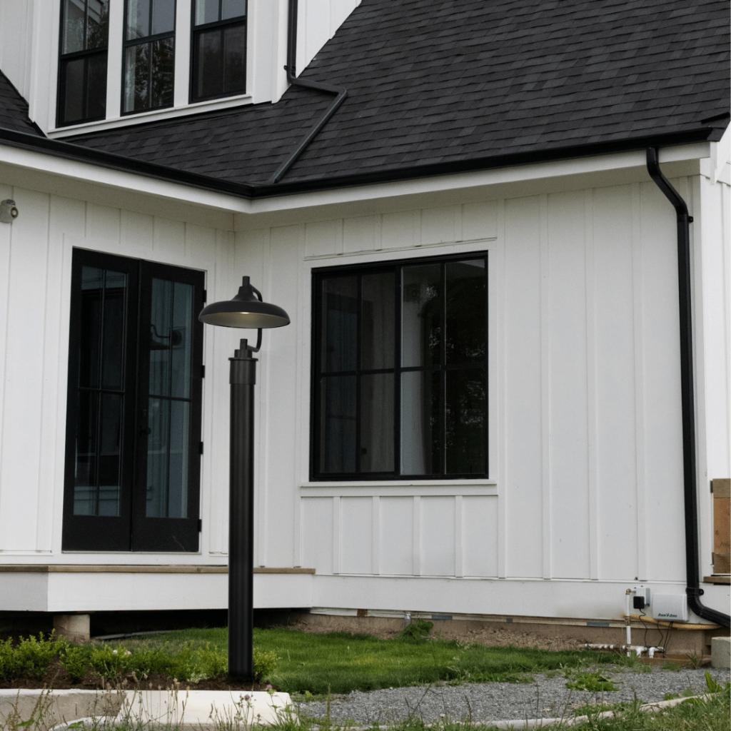 Modern farmhouse post mount fixture.