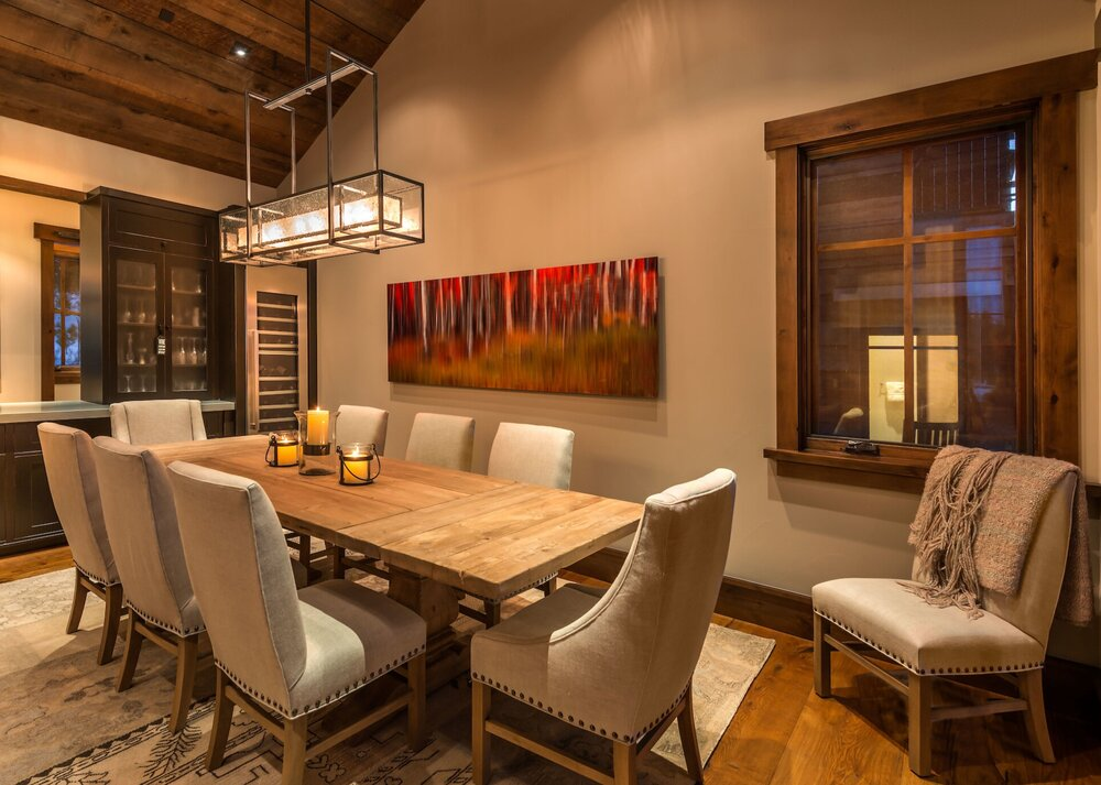 The perfect mountain setting for the holidays featuring a Hammerton Signature PL2150 linear suspension | Sandbox Studios | Truckee CA